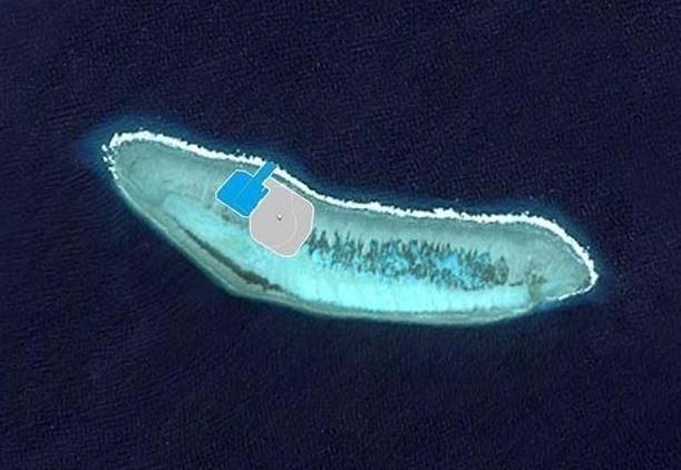 再加上目前的土地面积优势,使得华阳礁成为中国在南沙群岛的门户.